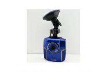 Автомобильный видеорегистратор AT900