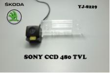 Штатная камера заднего вида для SKODA FABIA 2012-2013
